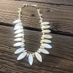 Jewelry - Vintage Sea Shell Bead Statement White Necklace